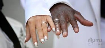 Husband-and-wife-wedding-bands