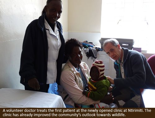 Ntirimiti-doc-and-patient